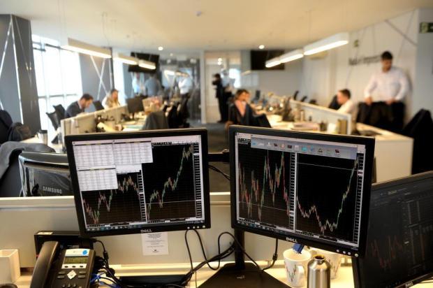 Com a poupança desvalorizada, investidores buscam produtos de maior rentabilidade Lucas Amorelli/Agencia RBS