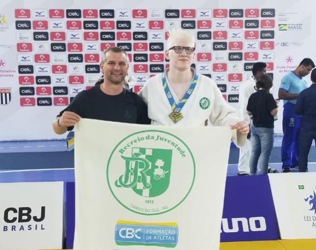 Judoca caxiense conquista o bronze em Meeting Nacional Arquivo Pessoal/