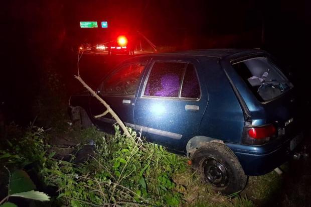 Homem morre ao colidir carro contra poste na BR-470 em Garibaldi PRF/Divulgação