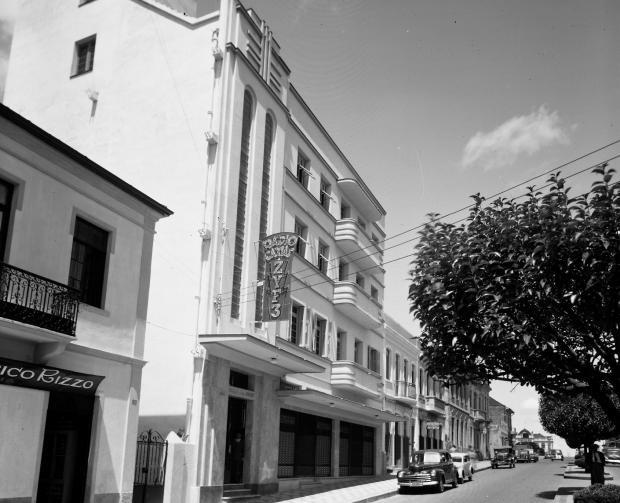 Rádio Caxias no Edifício Sehbe em 1950 Studio Geremia / Arquivo Histórico Municipal João Spadari Adami, divulgação/Arquivo Histórico Municipal João Spadari Adami, divulgação