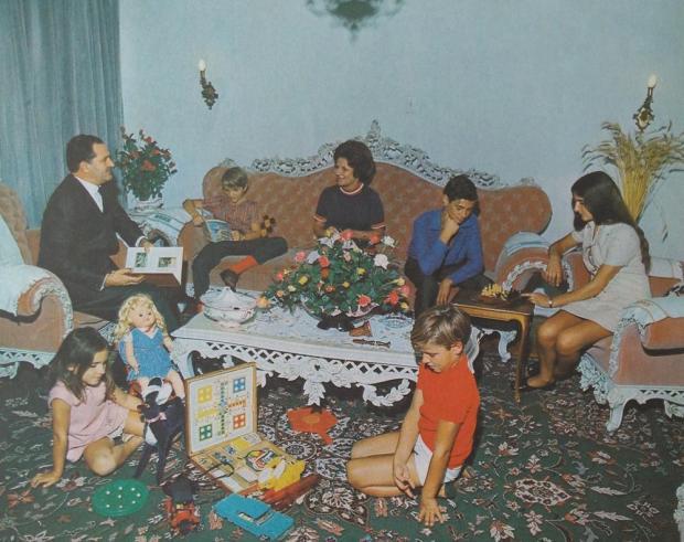 Família de José Zugno no Calendário Antoniano de 1972 Studio Geremia/Acervo pessoal de Ricardo Zugno,divulgação