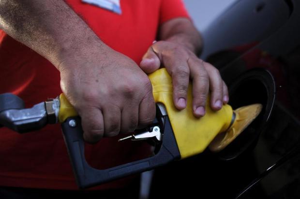 Preço médio da gasolina cai R$ 0,18 em quatro semanas em Caxias do Sul Marcelo Casagrande/Agencia RBS