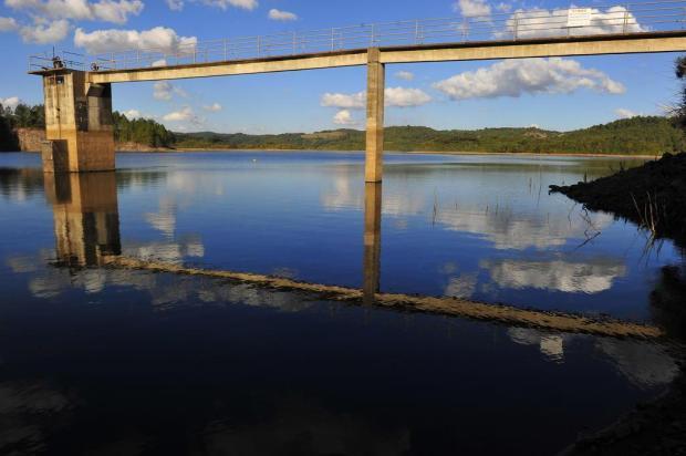 Rompimento de adutora do Faxinal pode causar falta d'água na parte sul de Caxias Porthus Junior/Agencia RBS