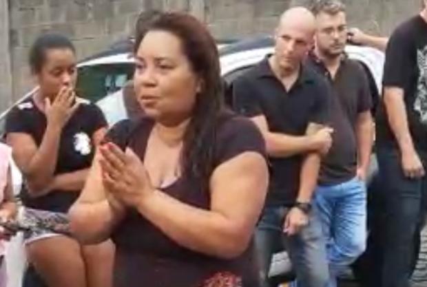 Líder comunitária do Vale da Esperança pede perdão a motoristas Anderson Gramazio / Reprodução WhatsApp/Reprodução WhatsApp
