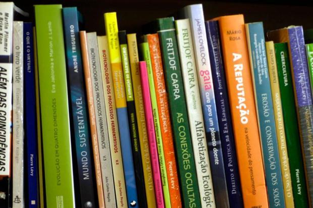 Saiba quais são os livros mais vendidos durante a quarentena Tatiana Cavagnolli/Agencia RBS