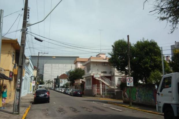 Rua Dr. Augusto Pestana terá semáforo para pedestres em frente à Escola Pena de Moraes, em Caxias Rogério Garcia/SMTTM/Divulgação