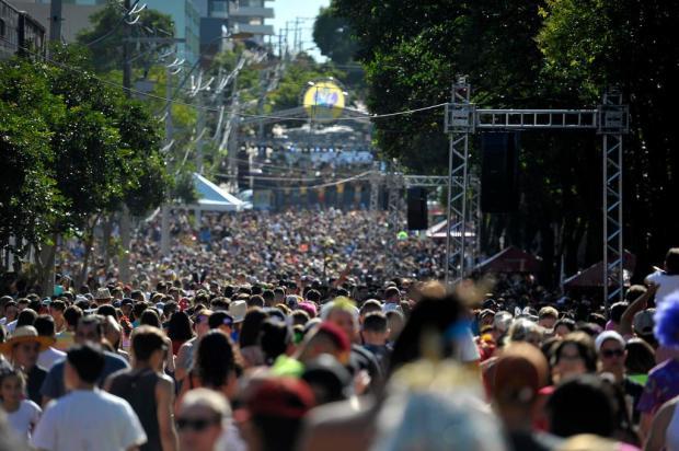 Bloco da Velha reúne cerca de 60 mil pessoas neste domingo, em Caxias do Sul Lucas Amorelli/Agencia RBS