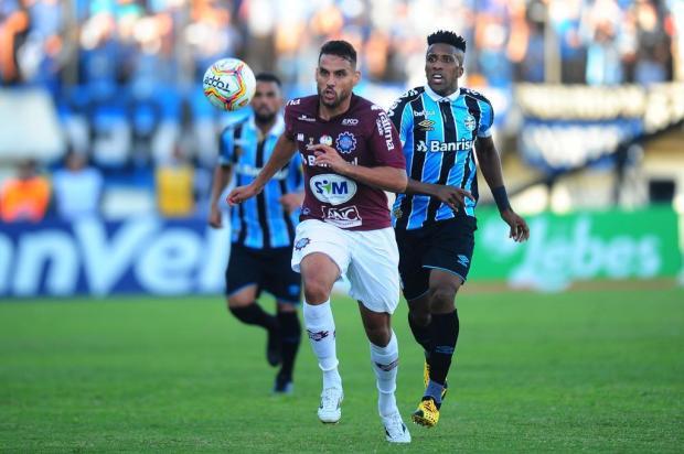 Após título, atacante do Caxias admite sondagens, mas garante foco no segundo turno Porthus Junior/Agencia RBS