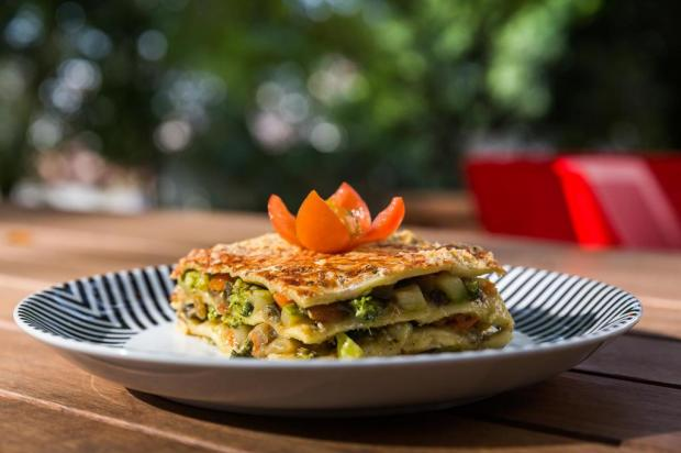 Quer uma receita baratinha? Experimente lasanha de legumes Omar Freitas/Agencia RBS