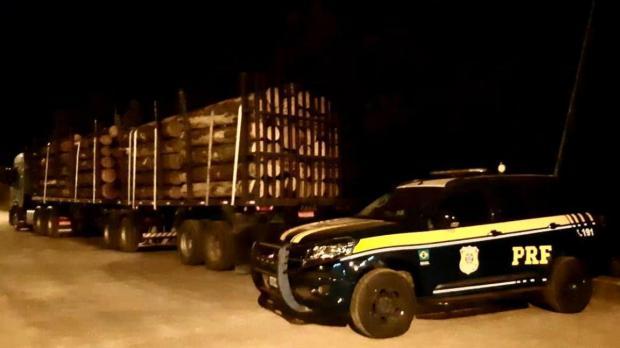 Durante fiscalização em Vacaria, PRF autua 13 veículos com excesso de carga Polícia Rodoviária Federal/Divulgação