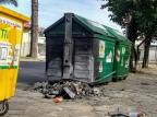 Contêiner incendiado em Caxias fica a semana toda na calçada Ciro Fabres/Agência RBS