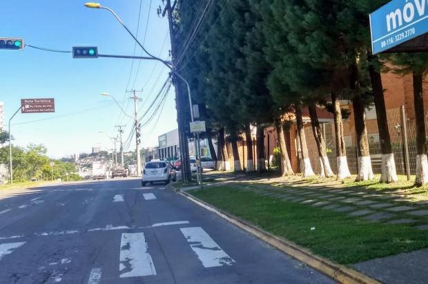Duas em cada cinco faixas da Perimetral Norte, em Caxias do Sul, estão apagadas Ciro Fabres/Agência RBS