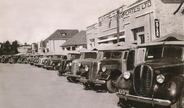 Expresso Caxiense de Transportes na Rua Feijó Jr. em 1948 Studio Geremia / Acervo Expresso Caxiense, divulgação/Acervo Expresso Caxiense, divulgação