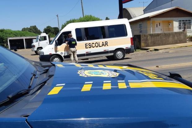Operação fiscaliza veículos de transporte escolar em Vacaria e Bom Jesus PRF/Divulgação