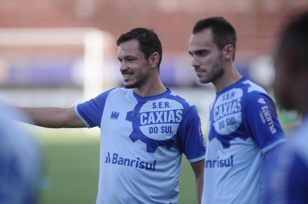 Com várias mudanças, reservas ganham chance entre os titulares do Caxias Antonio Valiente/Agencia RBS