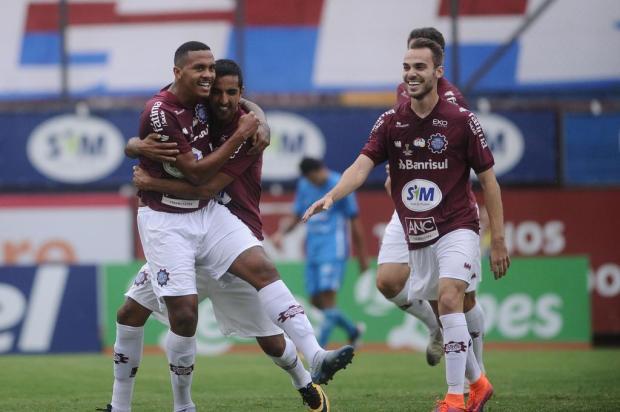 Com portões fechados, Caxias vence o Novo Hamburgo por 2 a 1, no Estádio Centenário Antonio Valiente/Agencia RBS