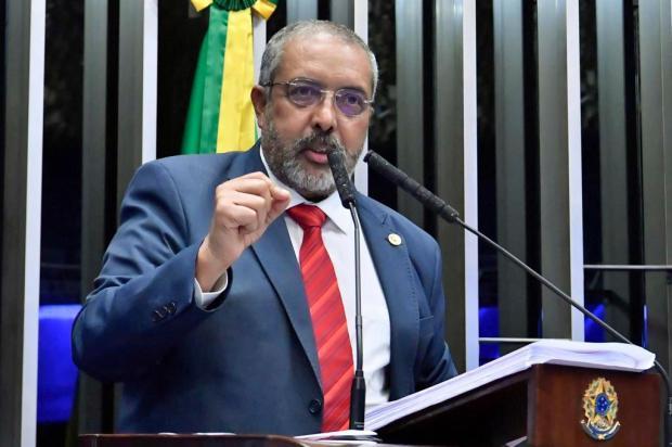 """""""É tempo de lutar para perder menos"""", diz Paulo Paim Waldemir Barreto/Agência Senado"""