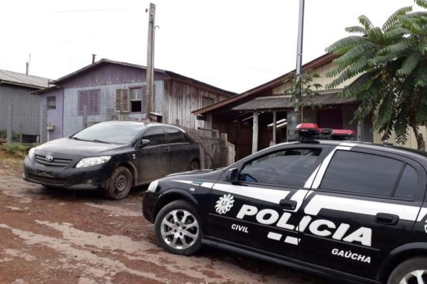 Homem é preso com veículo usado para arremessar drogas para dentro de presídio em Vacaria Polícia Civil/Divulgação
