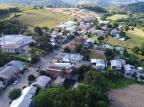 Após 14 dias, moradores da Vila Jansen, em Farroupilha, saem do isolamento total Henrry Palla/RBS TV