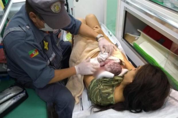 Bombeiros fazem parto de bebê dentro de unidade de resgate em Bom Princípio Bombeiros Voluntários de Bom Princípio/divulgação