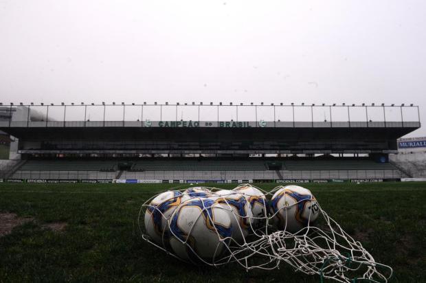 45 anos: relembre o primeiro jogo do Juventude no Estádio Alfredo Jaconi Antonio Valiente/Agencia RBS