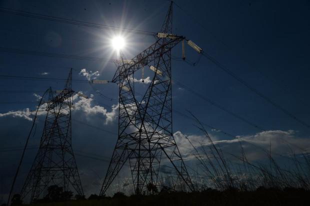 Durante quarentena, RGE suspende temporariamente o corte de energia para clientes Fábio Rodrigues Pozzebom/Agência Brasil