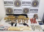 Homem é preso com três armas e diversas drogas em Caxias do Sul Brigada Militar / Divulgação/Divulgação