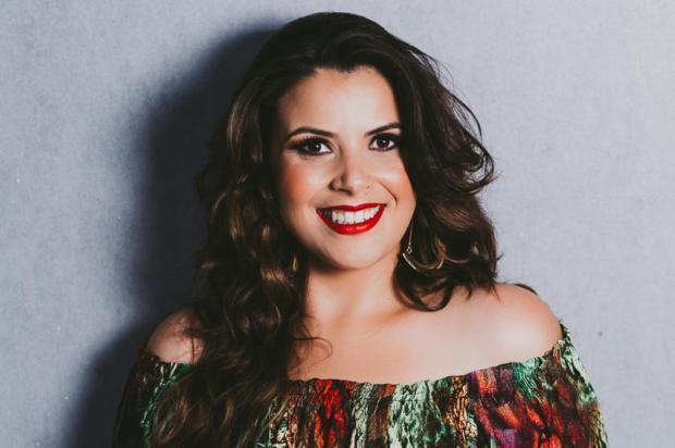 Cantora Tatiéli Bueno estreia série de lives com bate-papos com profissionais de diferentes áreas Leandro Rodrigues/Divulgação