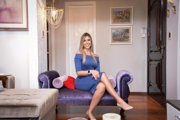 Bela e articulada, Bruna Pacheco Fortes ensina a importância de se sentir bem consigo mesmo Juliano Vicenzi/Divulgação