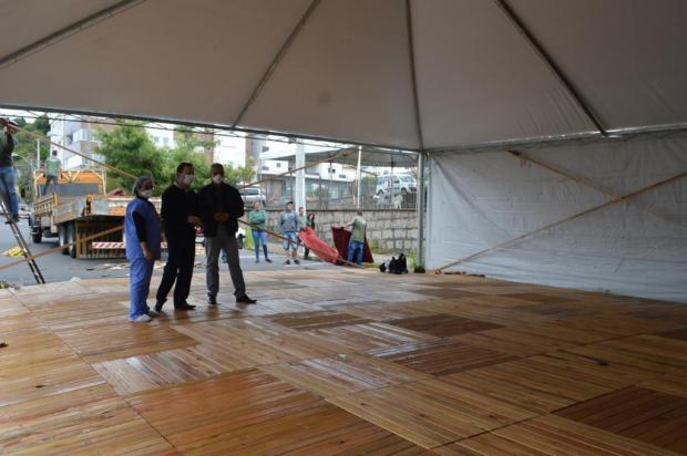 Flores da Cunha terá estrutura provisória para atender pessoas com sintomas respiratórios Prefeitura de Flores da Cunha/Divulgação