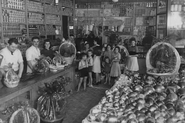 O antigo armazém da família Calcagnotto Acervo de família/Divulgação