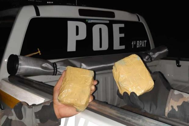 Casal é preso com mais de um quilo de cocaína na RS-115 em Gramado Ângelo De Zorzi/BM/Divulgação