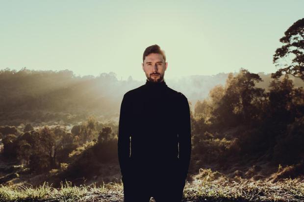 Músico Pedro Costi mostra primeiro single de álbum, aprovado via Financiarte, nesta sexta Bruno Kriger/Divulgação