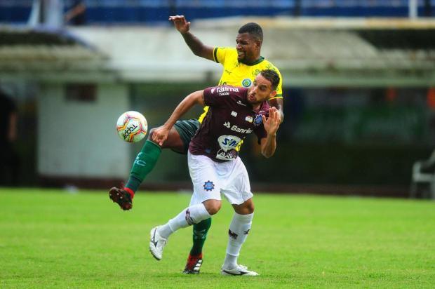 Com contrato encerrando no final do mês, atacante prioriza permanência no Caxias Porthus Junior/Agencia RBS