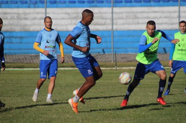 Após retorno na semana passada, Esportivo anuncia suspensão dos treinamentos Kévin Sganzerla/NB