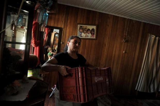 Grupo de voluntários leva comida e mantimentos a 200 famílias da periferia de Caxias do Sul Lucas Amorelli/Agencia RBS