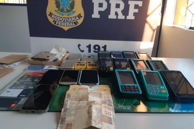 Suspeitos de aplicar golpes com cartões de crédito são presos em Bento e Vacaria Polícia Rodoviária Federal/PRF