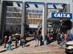Em novo horário, agências da Caixa têm grande procura nesta segunda-feira em Caxias do Sul André Fiedler/Agência RBS