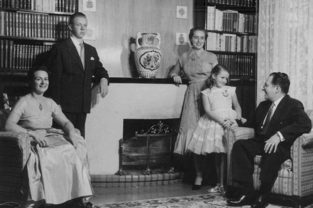 O álbum de família de Cláudio Eberle (1938-2020) Studio Geremia,Arquivo Histórico Municipal/Divulgação