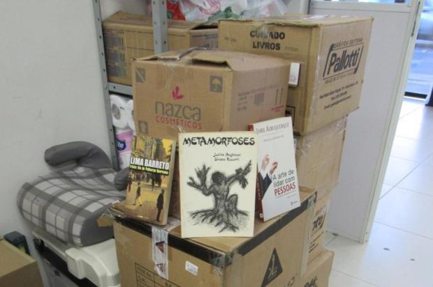 Mais de 1,2 mil livros são entregues à FAS para compor cestas básicas em Caxias do Sul Lucimara Lopes/Divulgação