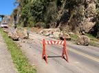 Desmoronamento de encosta deixa trânsito parcial em estrada municipal de Caxias Divulgação / Secretária de Obras/Prefeitura/Secretária de Obras/Prefeitura