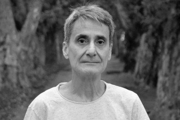 Dinarte Albuquerque Filho lança novo livro de poesia, 'Fissura no asfalto' Mário André Coelho/divulgação,Liddo Editora