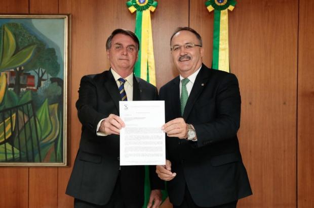 Ex-deputado entrega carta de agradecimento ao presidente Bolsonaro Arquivo pessoal/Divulgação