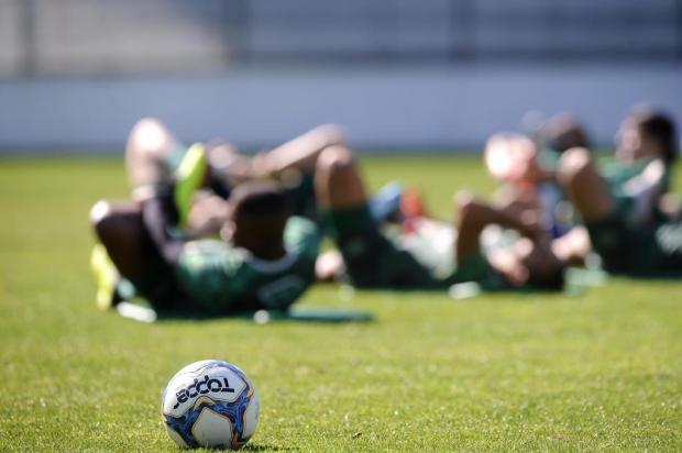 Intervalo: a chatice humana é potencializada no futebol Antonio Valiente/Agencia RBS