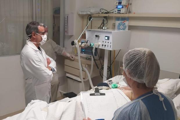 Ventilador pulmonar produzido em Caxias tem bom desempenho no primeiro teste em paciente Hospital Geral/Divulgação