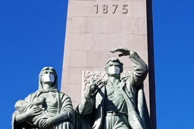 Ex-secretária municipal diz que grupo vai retirar máscara do Monumento ao Imigrante em Caxias Prefeitura de Caxias do Sul/Divulgação