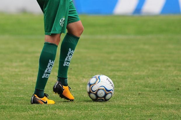 VÍDEO: treino físico de jogadores do Juventude gera polêmica nas redes sociais Porthus Junior/Agencia RBS