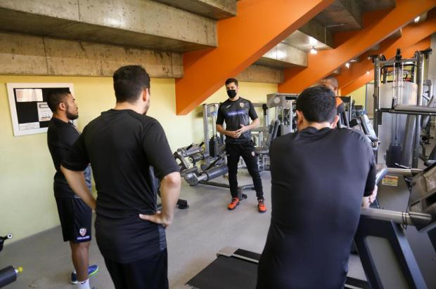 """""""Começamos praticamente do zero"""", diz preparador físico da ACBF sobre retorno aos treinos Ulisses Castro/ACBF"""