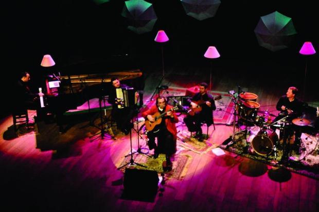 Lucio Yanel e Yangos lançam registro ao vivo gravado em 2012 Paulo Pasa/Divulgação