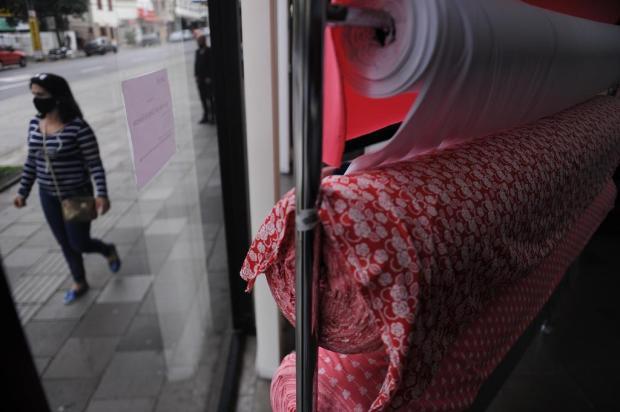 Lojas de tecido registram aumento nas vendas após determinação de uso de máscaras em Caxias Marcelo Casagrande/Agencia RBS